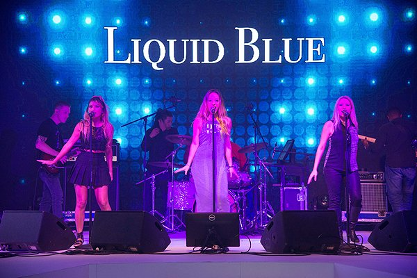 2015-09-19 Liquid Blue Band in Hong Kong China at Grand Hyatt 358