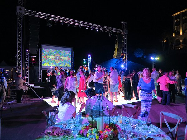 2015-11-06 Liquid Blue Band in Cabo San Lucas Mexico at Hilton Los Cabos 028