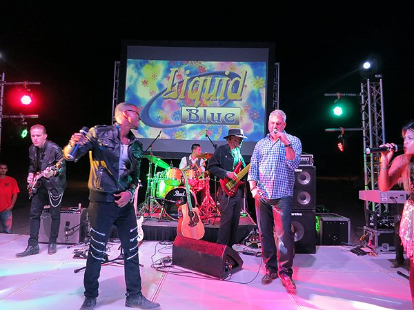 2015-11-06 Liquid Blue Band in Cabo San Lucas Mexico at Hilton Los Cabos 051