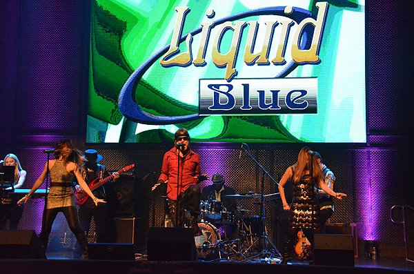 2015-12-16 Liquid Blue Band in San Diego CA at The Music Box 151