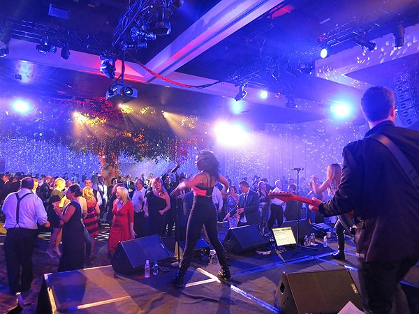 2016-01-22 Liquid-Blue Band in Scottsdale AZ at Westin Kierland Resort 5