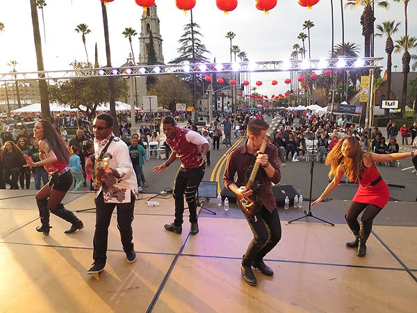 2016-01-30 Liquid Blue Band in Riverside CA Lunar Festival 040