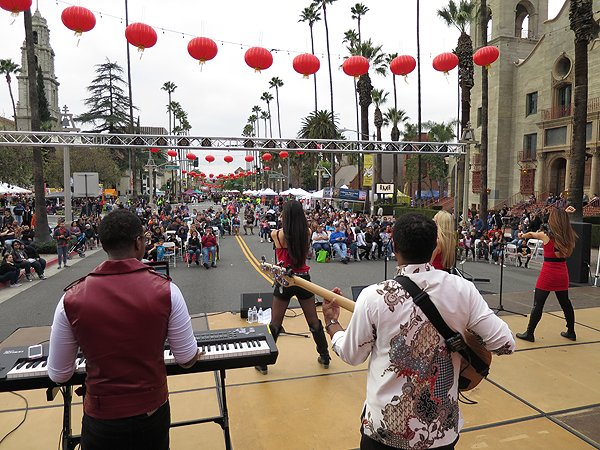 2016-01-30 Liquid Blue Band in Riverside CA at Lunar Festival 05