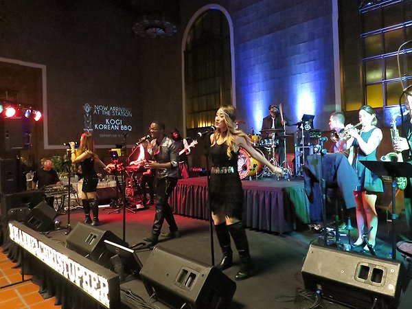 2016-03-19 Liquid Blue Band in Los Angeles CA at Union Station 8