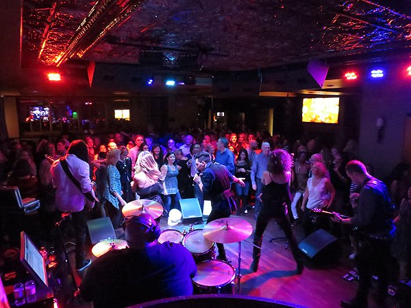 2016-03-26 Liquid Blue Band in Del Mar CA at Club M 21
