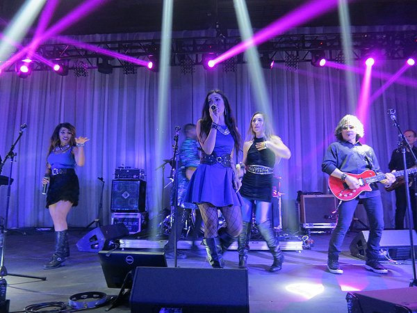 2016-04-12 Liquid Blue Band in New Orleans LA at The Sugar Mill 8