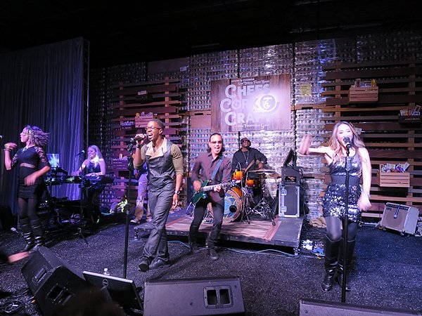 2016-04-30 Liquid Blue Band in San Diego CA at SD Food Bank Warehouse 021