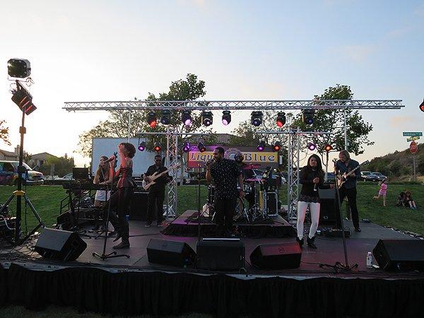 2016-06-25 Liquid Blue Band in La Costa CA at Jardin Park 005