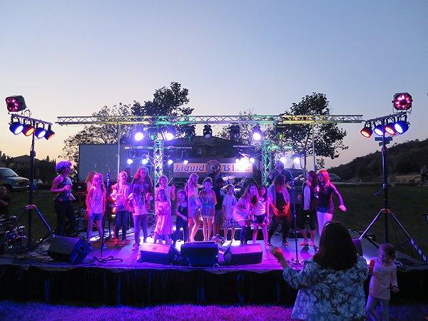 2016-06-25 Liquid Blue Band in La Costa CA at Jardin Park 017
