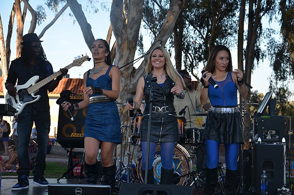 2016-07-22 Liquid Blue Band in San Diego CA at Pioneer Park 021