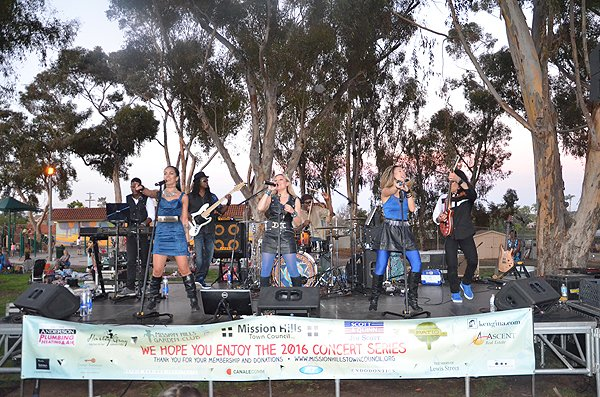 2016-07-22 Liquid Blue Band in San Diego CA at Pioneer Park 129