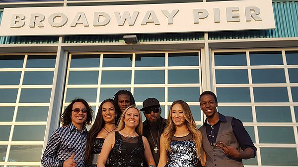 2016-07-30 Liquid Blue Band in San Diego CA 201