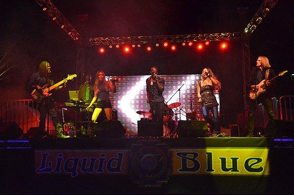 2016-08-27 Liquid Blue Band in Alpine CA at Viejas Park 42
