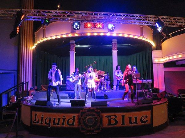 2016-09-10 Liquid Blue Band in Santa Cruz CA at Coconaut Grove 02