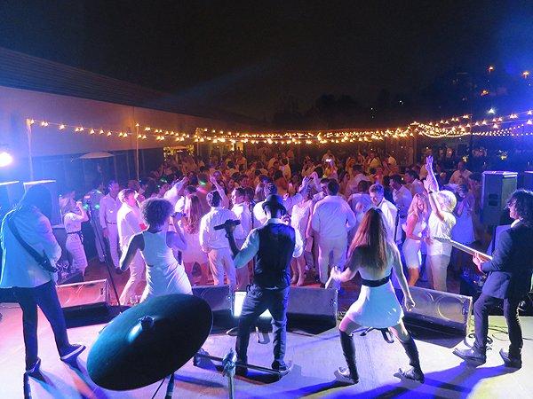 2016-10-15 Liquid Blue Band in San Diego CA at Farmer and Seahorse 73