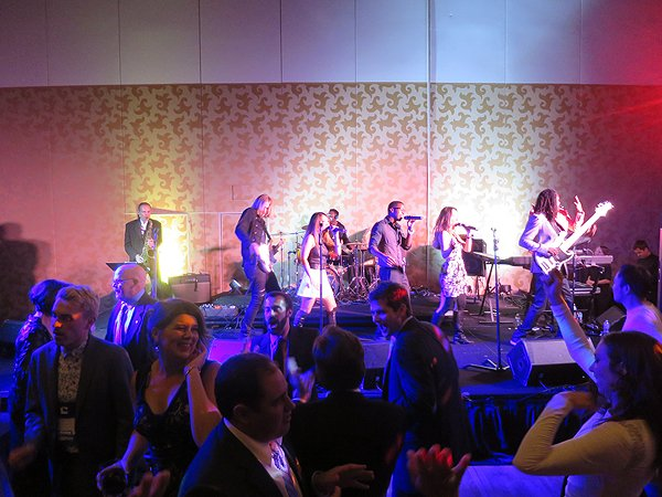 2016-10-21 Liquid Blue Band in San Diego CA at Hilton Bayfront 28