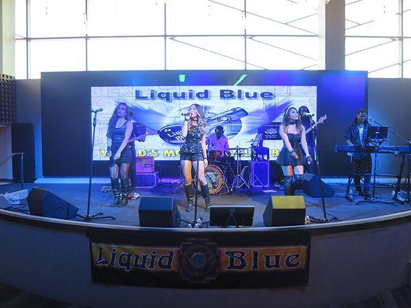 2016-10-22 Liquid Blue Band in Jamul CA at Hollywood Casino 06