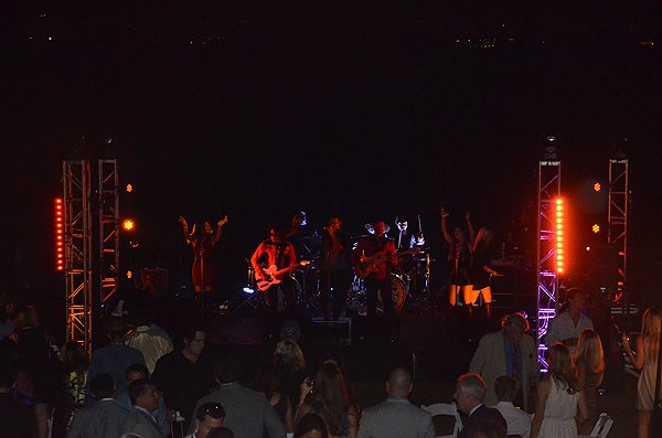 2016-11-05 Liquid Blue Band in Pasadena CA at The Langham 040
