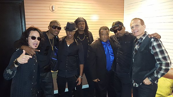 2016-12-10 Liquid Blue Band in Las Vegas NV 202