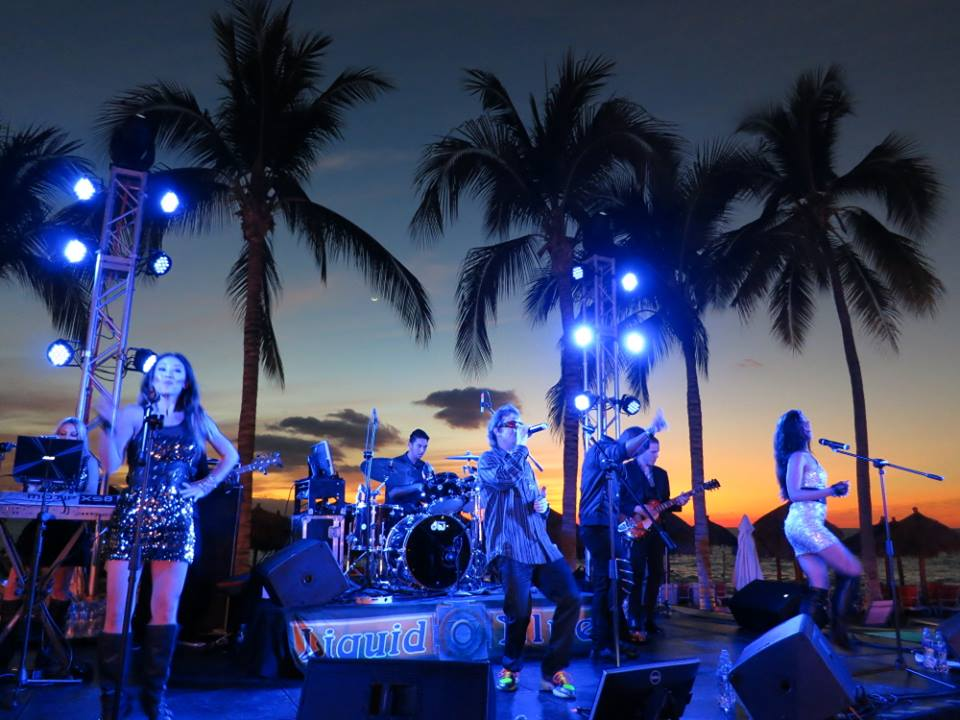 2016-01-12 Liquid Blue in Puerto Vallarta (1)