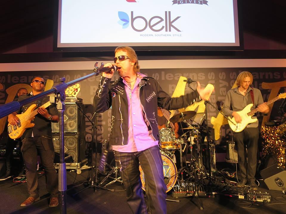 2016-06-13 Liquid Blue Band Performing at North Carolina (11)