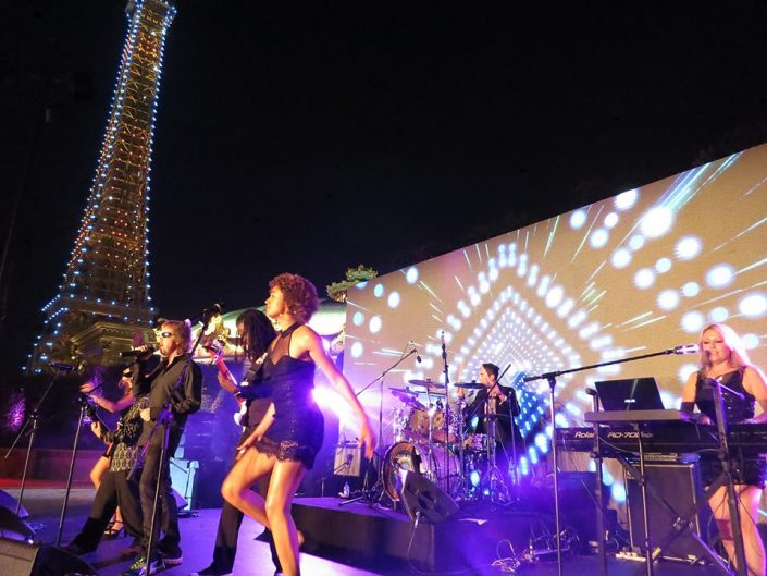 2016-09-13 Liquid Blue Band Performing in Macau (2)