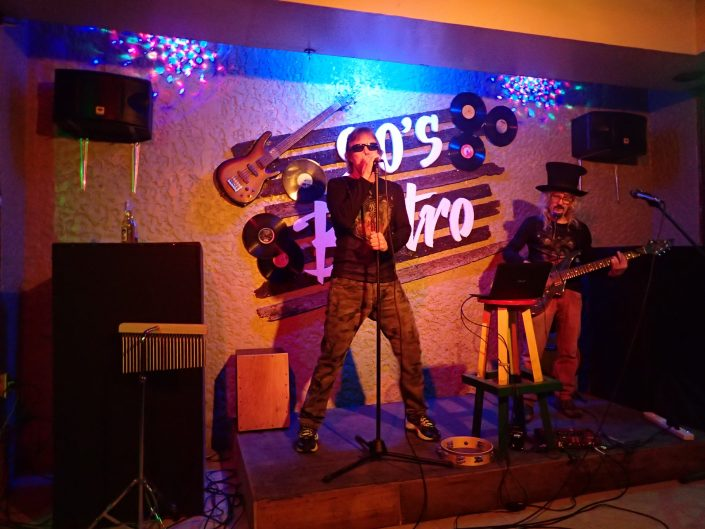 2017-01-06 Two From Blue in Borongan Philippines at 90_s Bistro (8)