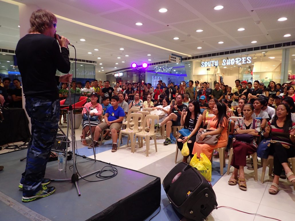 2017-01-14 Two From Blue in Tacloban Philippines at SM Savemore Mall (20)