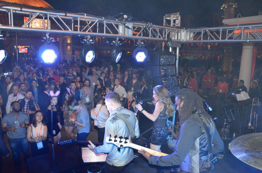 2017-04-04 Liquid Blue Band in Las Vegas NV at Wynn Casino (62)