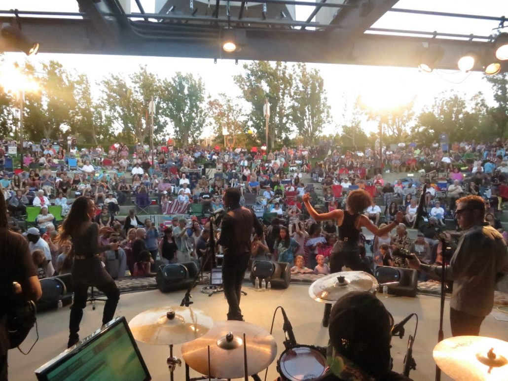 2017-06-22 Liquid Blue Band in Temecula CA at Temecula Amphitheater (19)