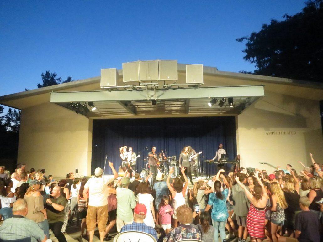 2017-06-22 Liquid Blue Band in Temecula CA at Temecula Amphitheater (42)