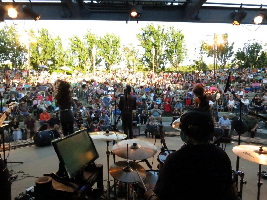 2017-06-22 Liquid Blue Band in Temecula CA at Temecula Amphitheater (5)