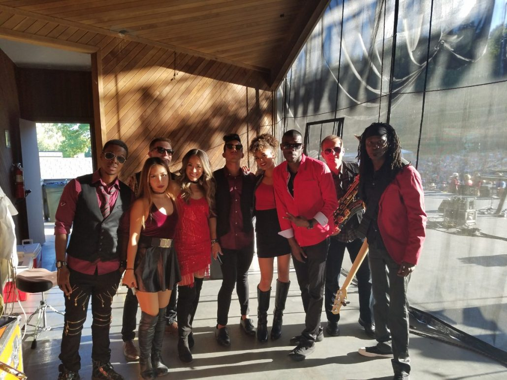 2017-07-08 Liquid Blue Band in Woodenville WA at Chateau Ste Michelle (20)