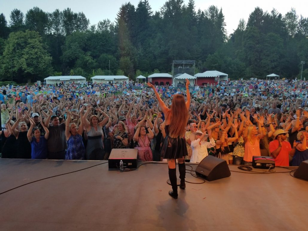 2017-07-08 Liquid Blue Band in Woodenville WA at Chateau Ste Michelle (22)