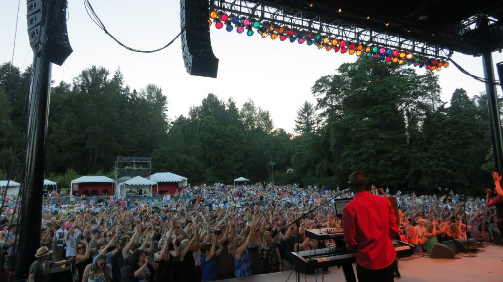 2017-07-08 Liquid Blue Band in Woodenville WA at Chateau Ste Michelle (36)