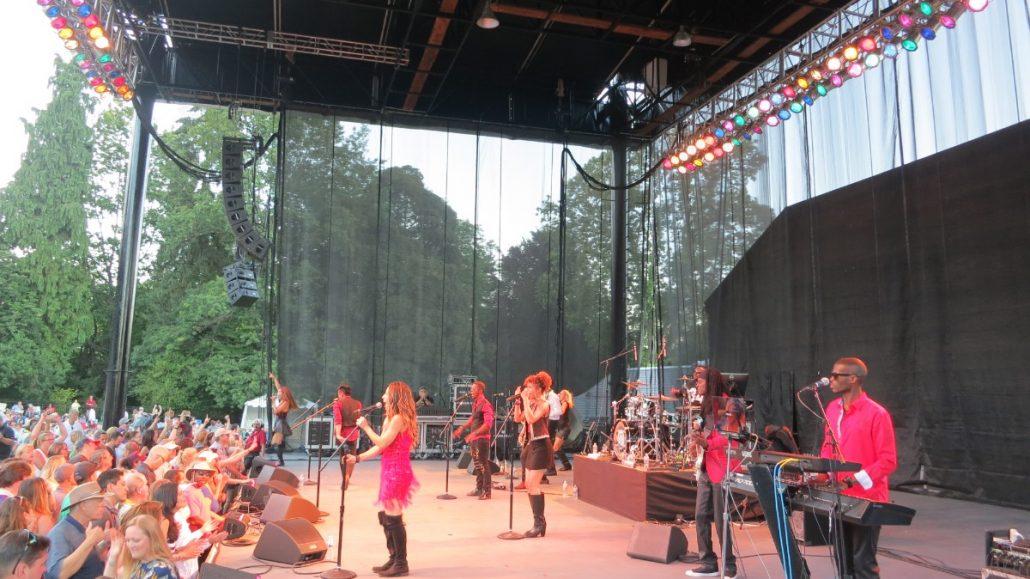 2017-07-08 Liquid Blue Band in Woodenville WA at Chateau Ste Michelle (38)