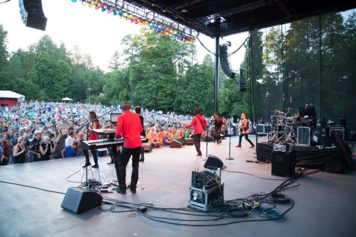 2017-07-08 Liquid Blue Band in Woodinville WA at Chateau Ste Michelle (68)