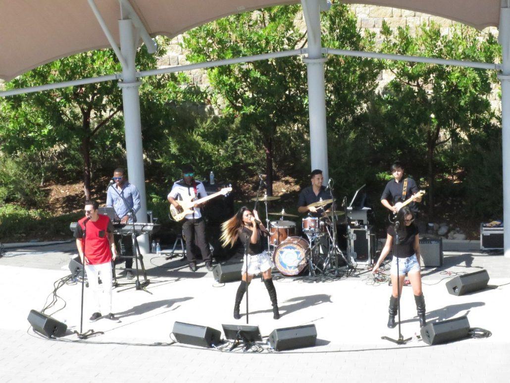 2017-07-14 Liquid Blue Band in San Diego CA at Illumina Amphitheater (6)