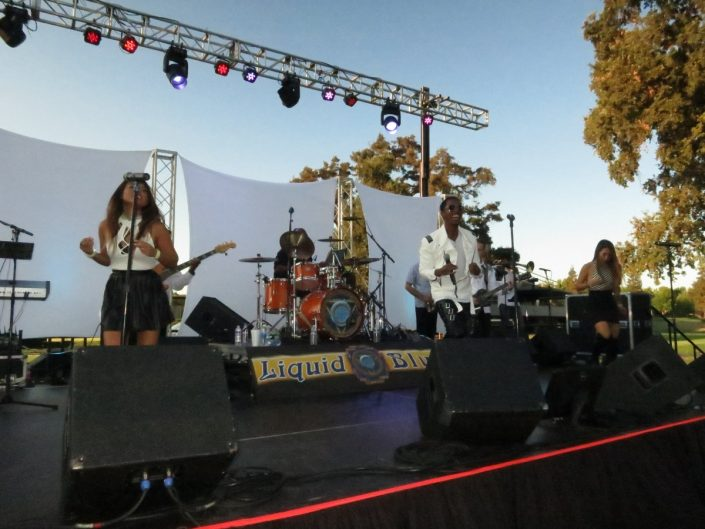 2017-08-12 Liquid Blue Band in Ripon CA at Spring Creek Golf and Country Club (9)