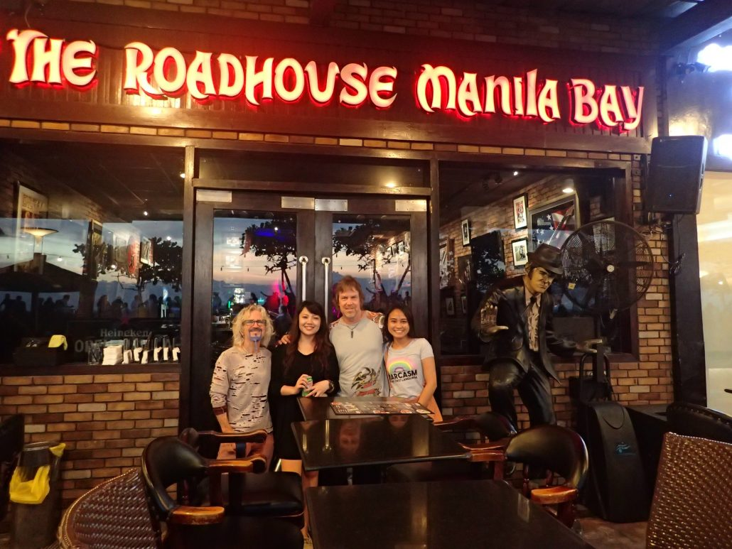 2017-08-28 Two From Blue in Pasay City Manila Philippines at The Roadhouse Manila Bay (4)