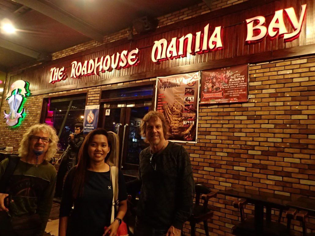 2017-09-12 Acoustic Blue Band in Manila Philippines at The Roadhouse Manila Bay (1)