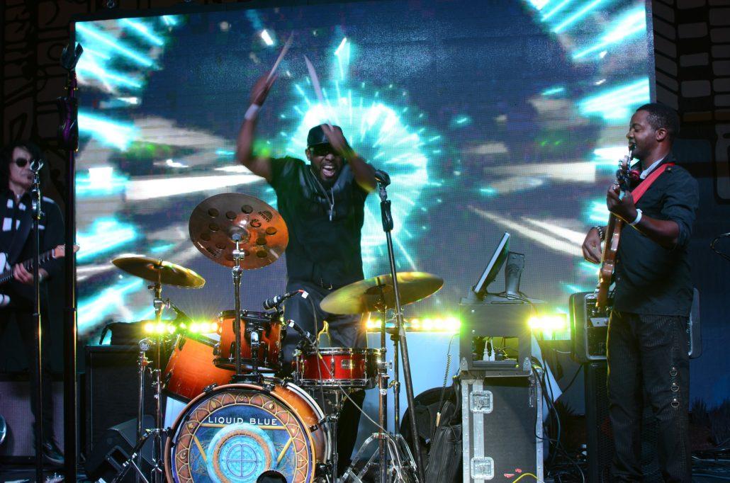 2017-10-06 Liquid Blue Band in San Diego CA at Horton Plaza (16)