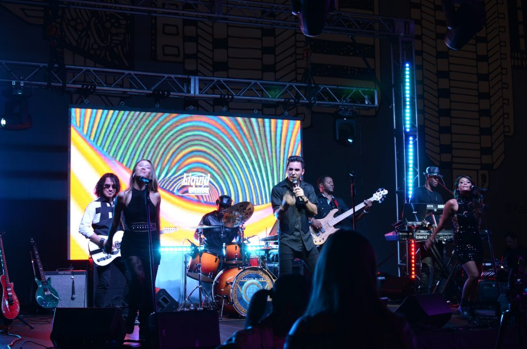 2017-10-06 Liquid Blue Band in San Diego CA at Horton Plaza (18)