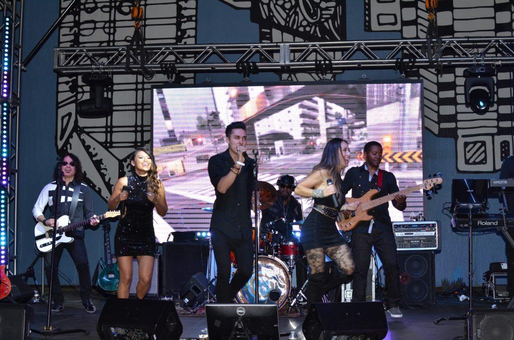2017-10-06 Liquid Blue Band in San Diego CA at Horton Plaza (2)