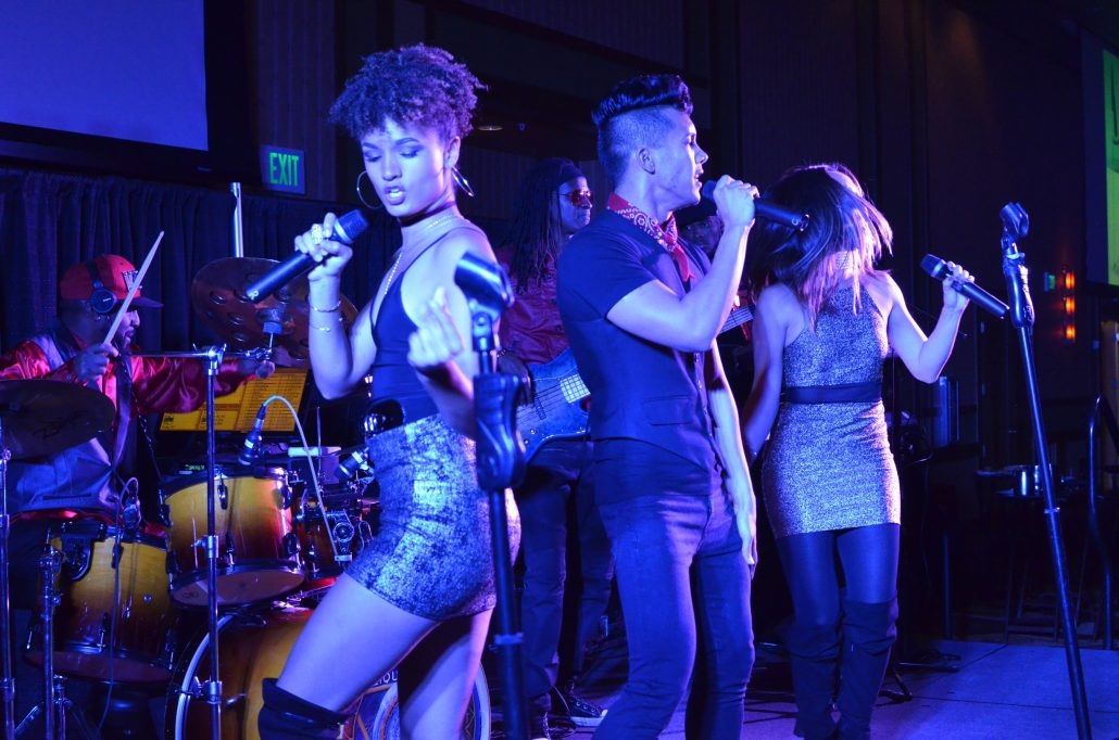 2017-11-16 Liquid Blue Band in Temecula CA at Pechanga Casino (13)