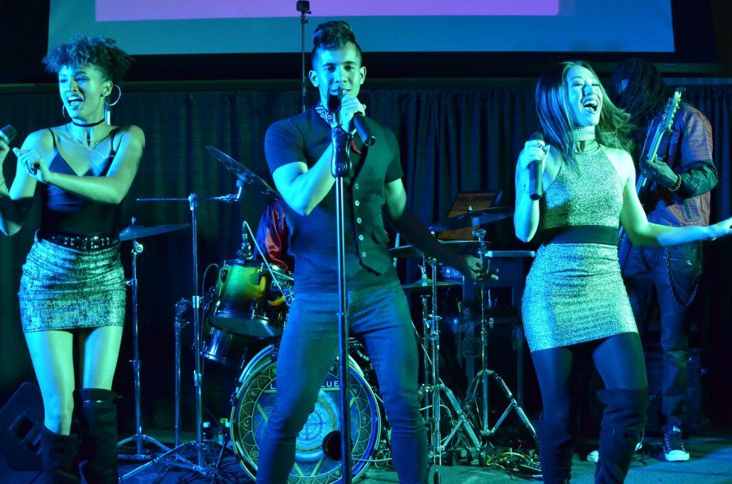 2017-11-16 Liquid Blue Band in Temecula CA at Pechanga Casino (14)