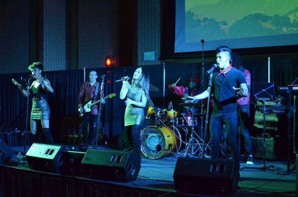 2017-11-16 Liquid Blue Band in Temecula CA at Pechanga Casino (16)
