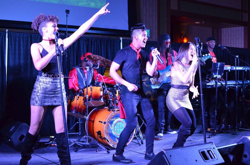 2017-11-16 Liquid Blue Band in Temecula CA at Pechanga Casino (35)