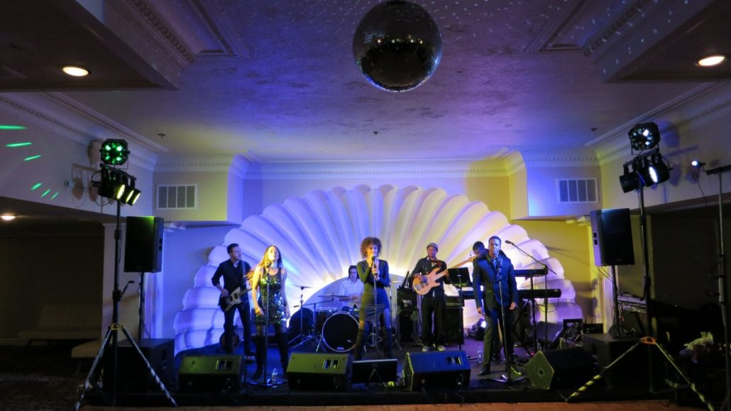 2017-12-15 Liquid Blue Band in San Diego CA at The Lafayette Hotel (6)