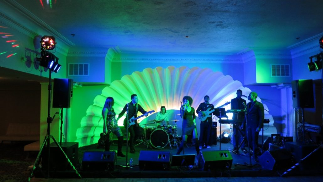 2017-12-15 Liquid Blue Band in San Diego CA at The Lafayette Hotel (7)
